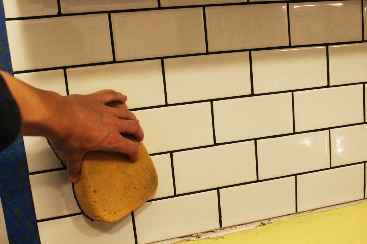 Beginner Steps to Create Subway Tiles Backsplash